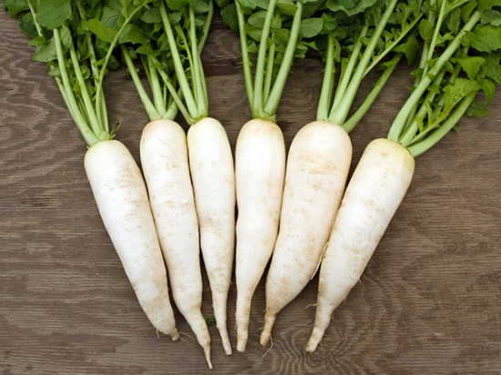Trị tàn nhang bằng củ cải trắng