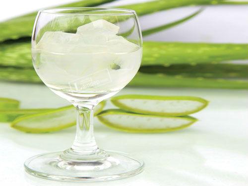 Sử dụng nước nha đam trị tàn nhang